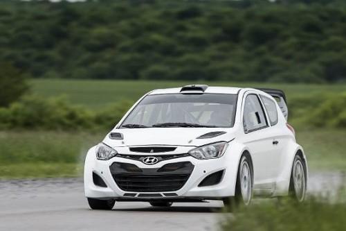 Hyundai i20 wrc test edildi