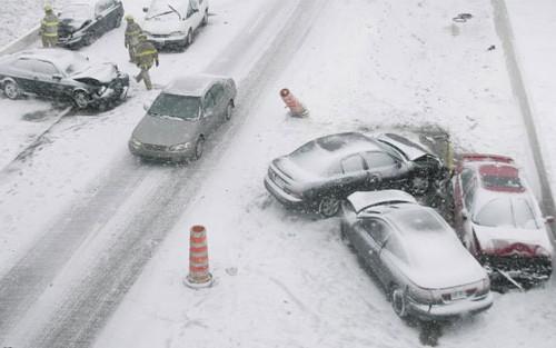 131211-raj-oto-car-drive-winter
