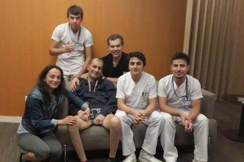 Azmi hocanın facebookta paylaşılan ilk hastane fotoğrafı..